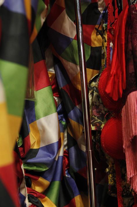 Rio de Janeiro, RJ, Brasil. Data 23-10-2015. Espetaculo Medida por Medida (Ensaio). Direção Ron Daniels. Cidade das Artes. Foto Lenise Pinheiro/Folhapress