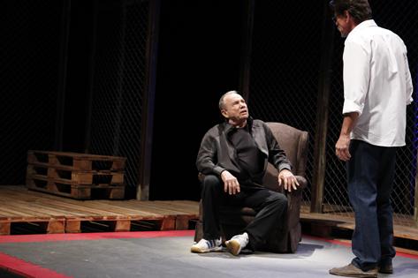 Sao Paulo, SP, Brasil. O Último Lutador. Atores Stênio Garcia (esq) e Antonio Gonzalez (dir). Teatro Porto Seguro. Foto Lenise Pinheiro/Folhapress.
