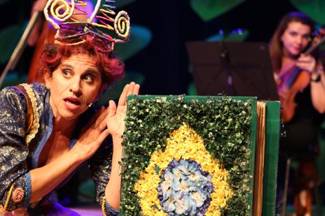 Sao Paulo, SP, Brasil. Data 08-01-2016. Operilda na Floresta Amazonica. Atriz Andra Bassit. Teatro Folha. Foto Lenise Pinheiro/Folhapress